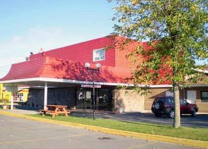 Econo Lodge Cornwall
