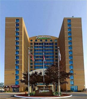 Radisson Suite Hotel Toronto Airport