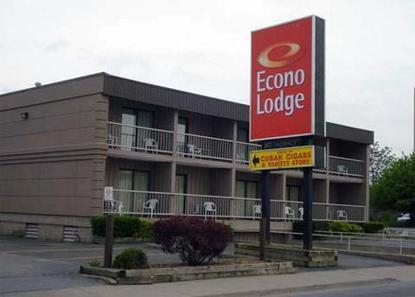 Econo Lodge By The Falls