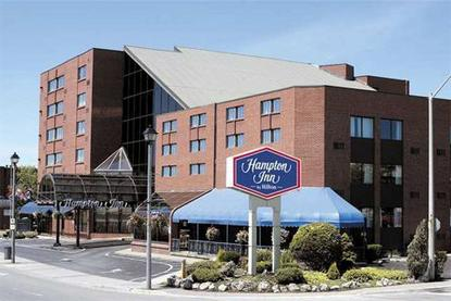 Hampton Inn Niagara Falls At The Falls, Ontario