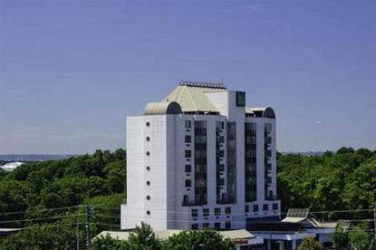 Quality Hotel Executive Suites