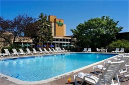 Quality Hotel & Conference Centre Oshawa