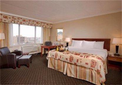 Holiday Inn Downtown Windsor