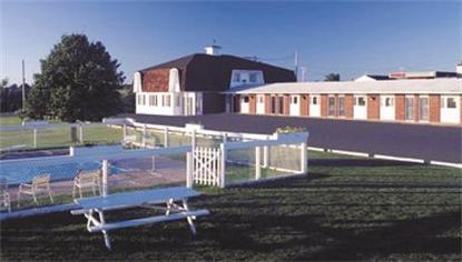 Rodd Confederation Inn And Suites