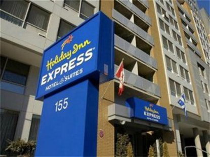 Holiday Inn Express Hotel & Suites Montreal Centre Ville