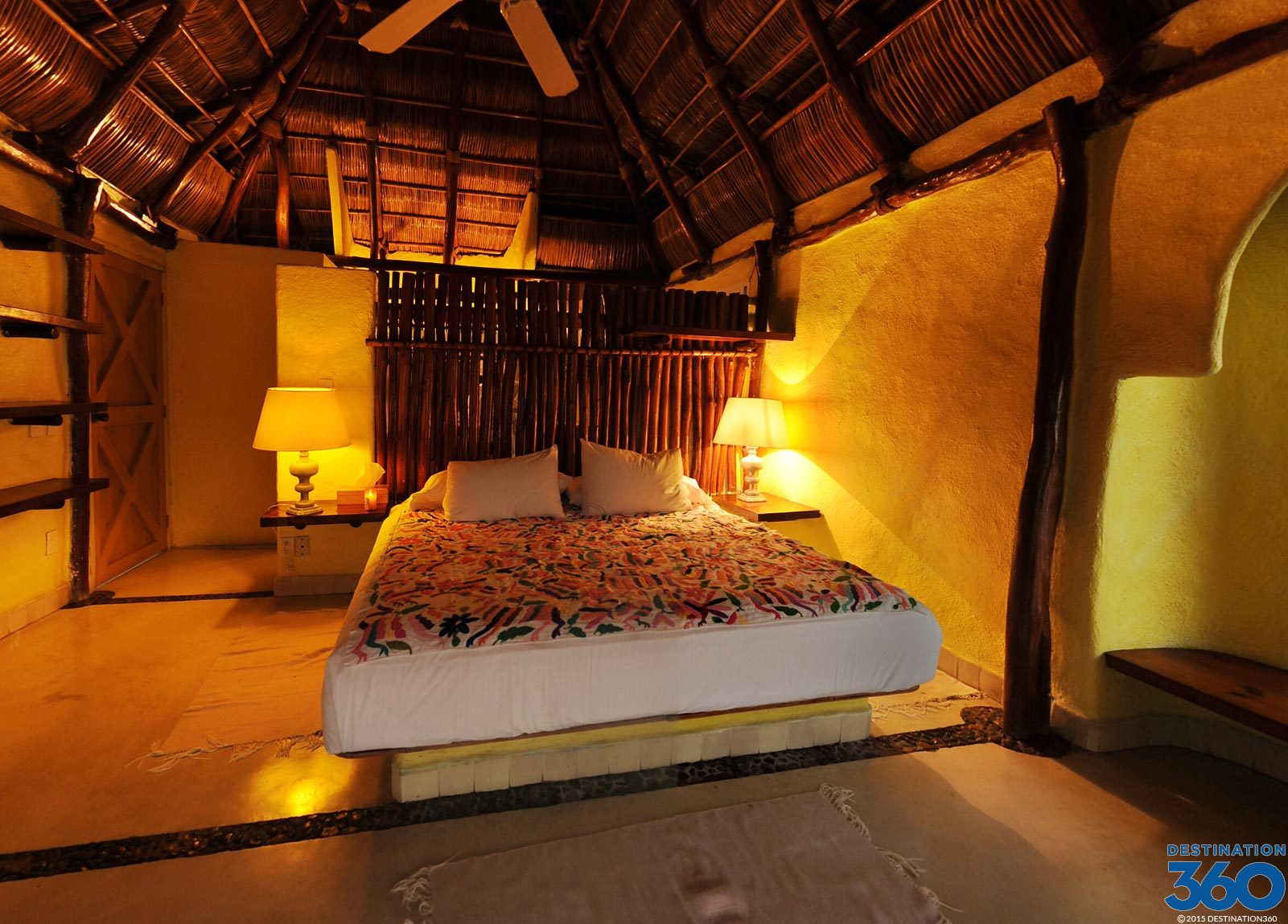 Pepes Hideaway Room Virtual Tour