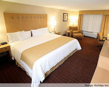 hotel escort enana
