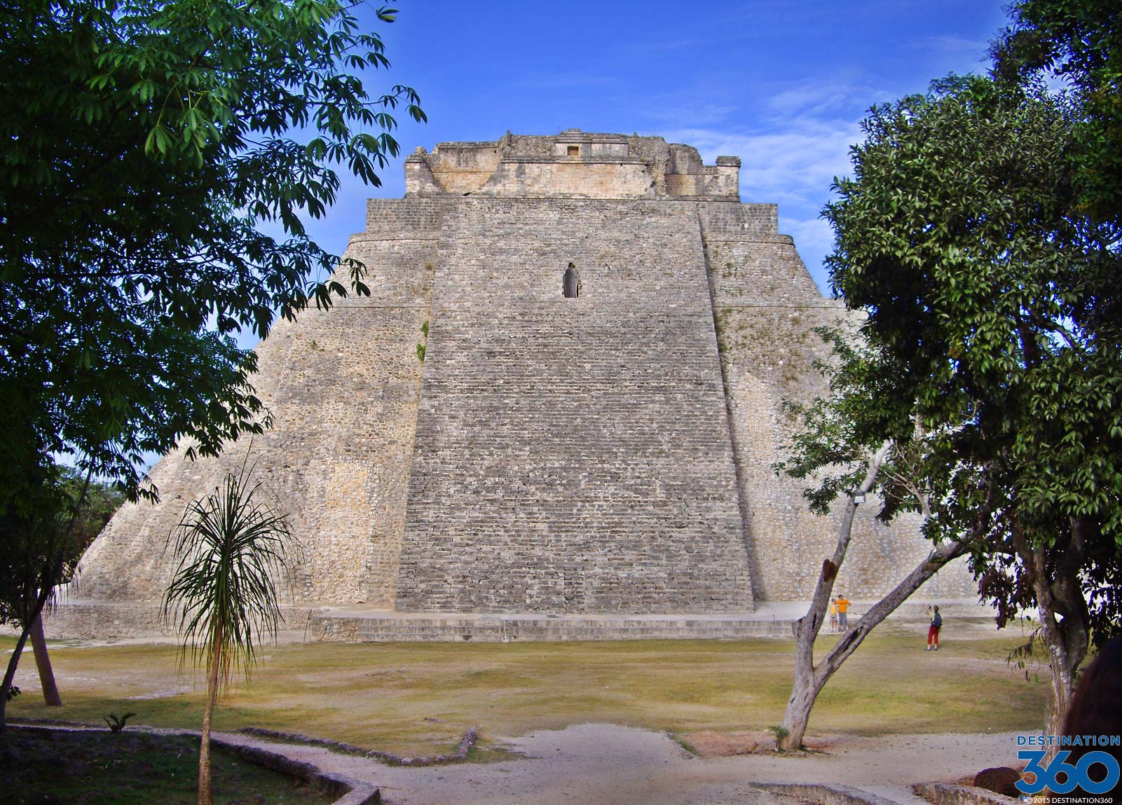 Uxmal Mexico Uxmal Ruins Pyramid Of The Magician