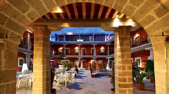 De Cortes Boutique Hotel