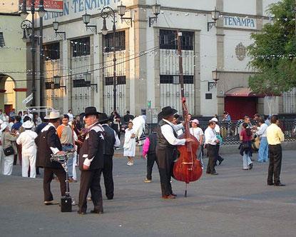 Plaza Garibaldi Mariachi Plaza Garibaldi In Mexico City