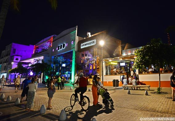 Puerto Vallarta Malecon Nightlife