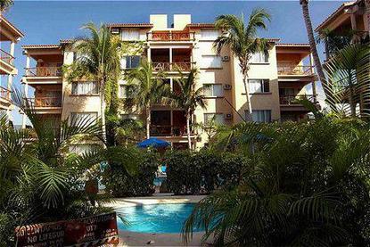 El Tukan Condotel & Suites