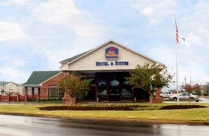 Best Western Hotel And Suites