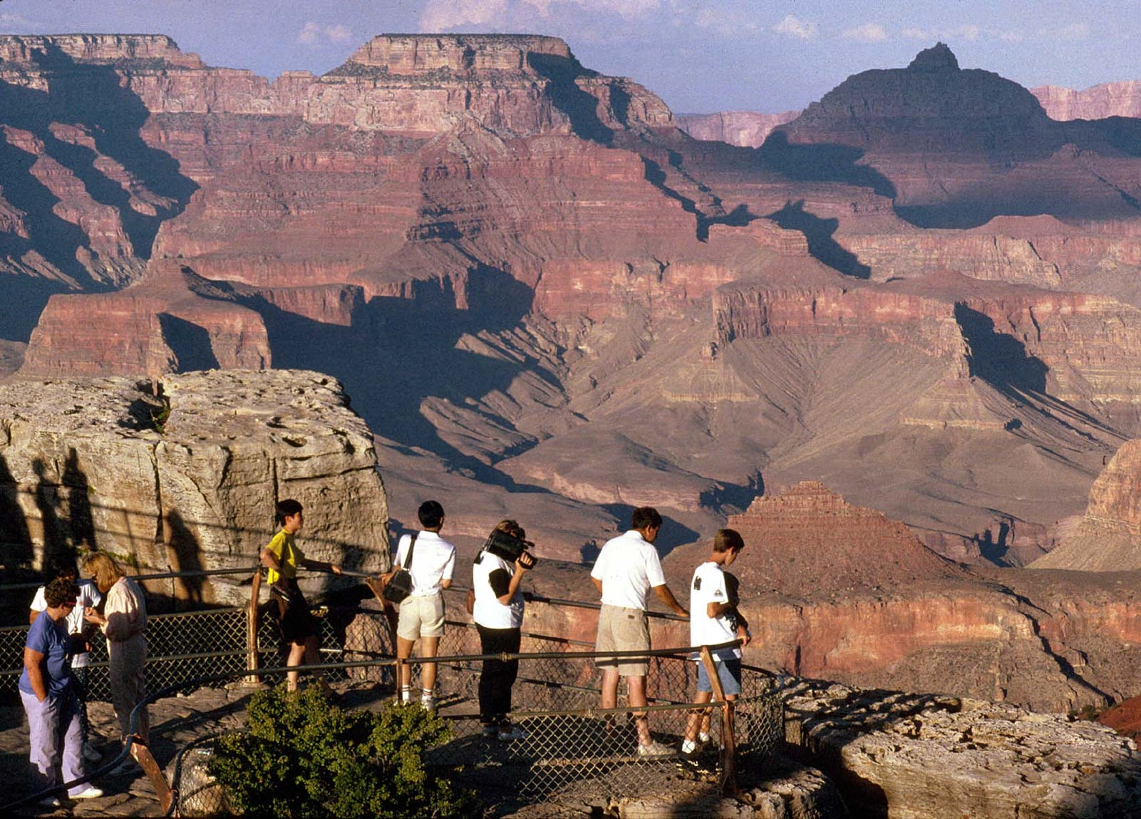 Grand Canyon Tours on airports and air travel