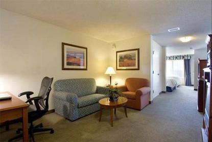 Hilton Garden Inn Bentonville Bentonville Deals See Hotel Photos Attractions Near Hilton