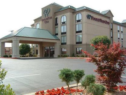 Doubletree club springdale springdale deals see hotel for 360 salon fayetteville nc