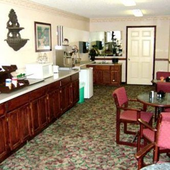 Clairmont Inn And Suites