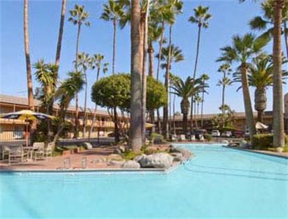 Ramada Inn Maingate Saga Inn Anaheim