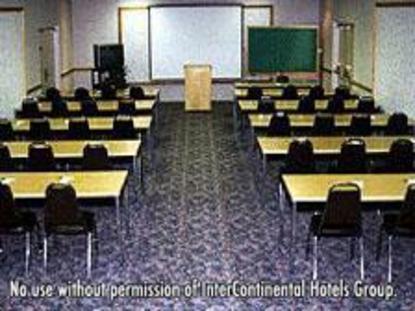 Holiday Inn Burbank Media Center