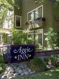Aggie Inn