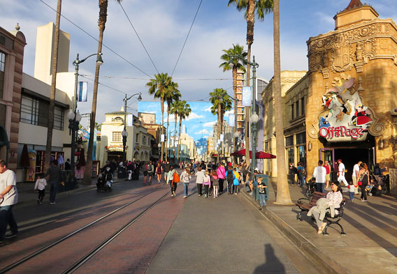 Hollywood Land