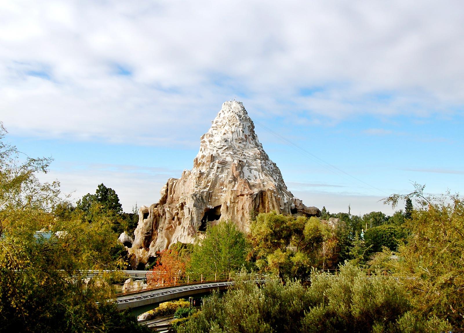Matterhorn Disneyland Matterhorn Ride