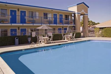 Best Value Inn And Suites   Escondido