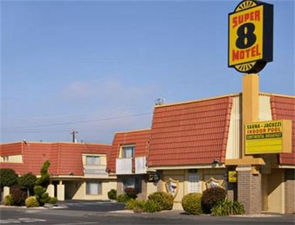 Super 8 Motel   Eureka