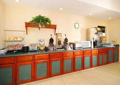 Comfort Suites Fresno