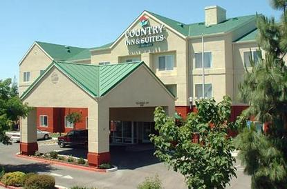 Country Inn And Suites Fresno North