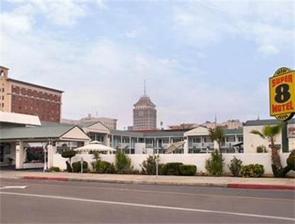 Super 8 Motel   Fresno/Convention Center