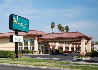 Quality inn maingate garden grove deals see hotel photos attractions near quality inn maingate for Days inn and suites garden grove