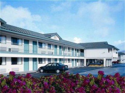 Holiday Inn Express Half Moon Bay