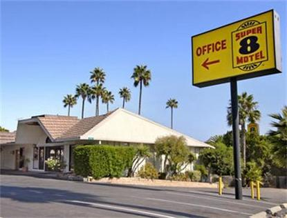 Super 8 Motel   Long Beach