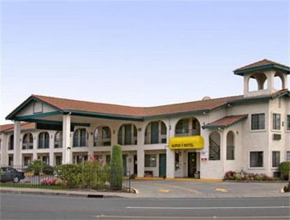 Super 8 Motel   Discover Park