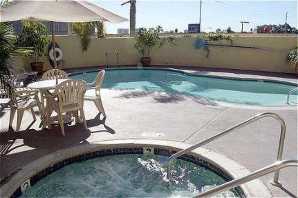 Holiday Inn San Diego Mission Bay