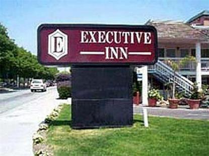 Executive Inn Airport