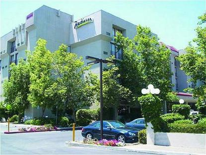 Radisson Plaza Hotel San Jose Airport