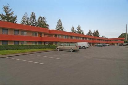 Americas Best Value Inn - Wine Country