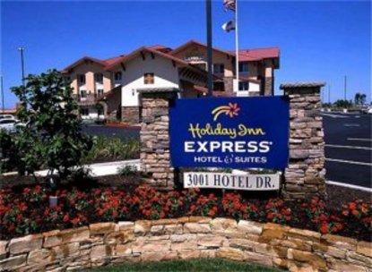 Holiday Inn Express Turlock Hwy 99