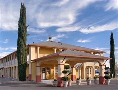 Super 8 Motel   Upper Lake