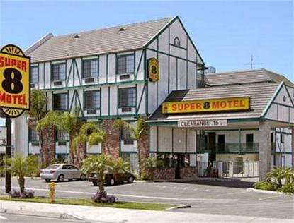 Super 8 Motel   Westminster
