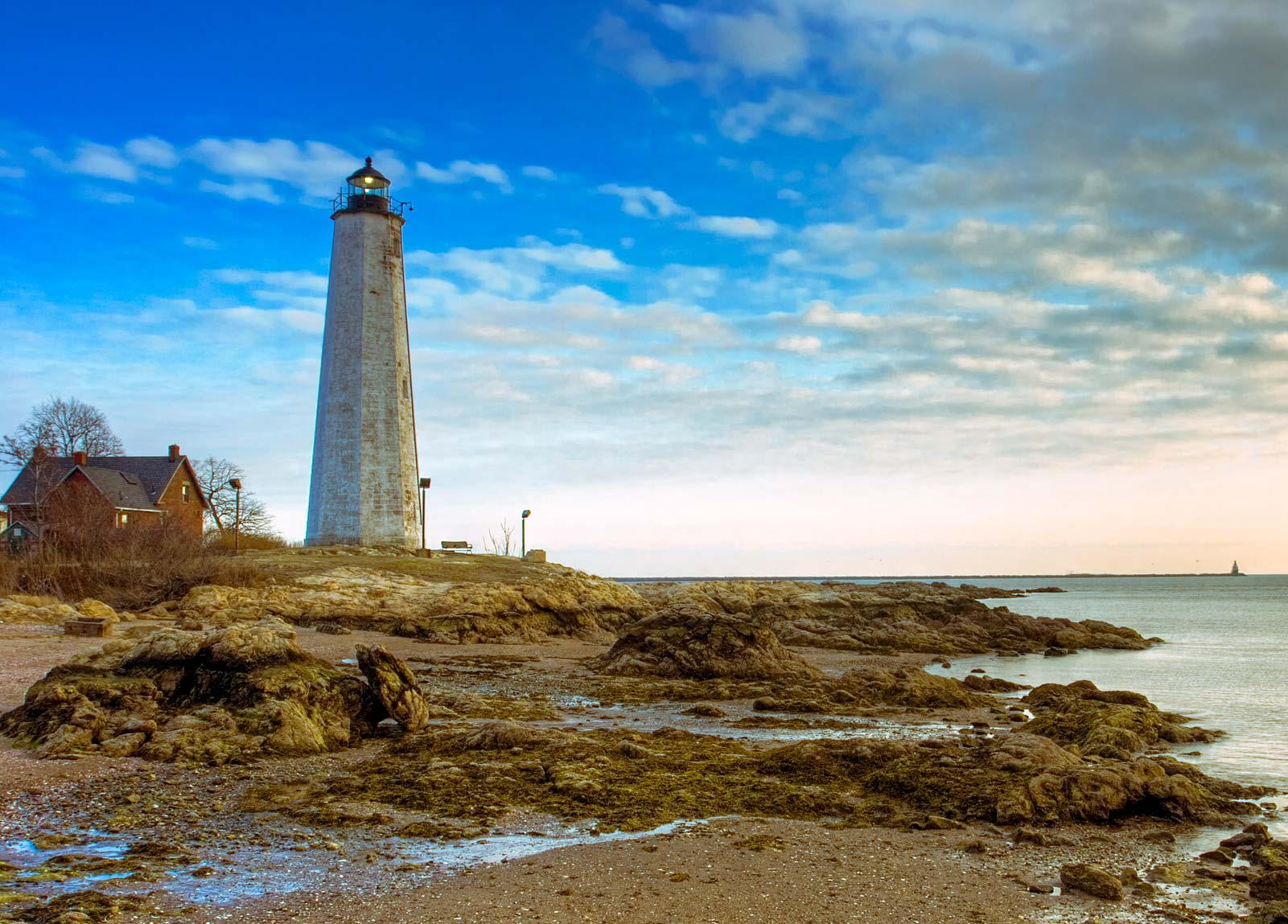 ... of the best New England beaches to enjoying world renowned art museums.