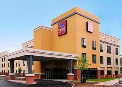 Comfort Suites Southington