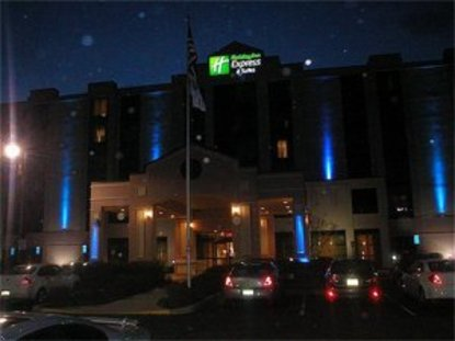 Holiday Inn Express Hotel & Suites Shelton Trumbull