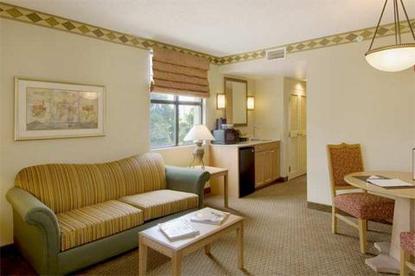 Embassy Suites Hotel Jacksonville Baymeadows