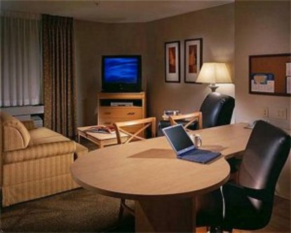 Candlewood Suites Ft. Myers North I 75