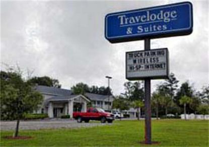 Macclenny Travelodge Hotel And Suites