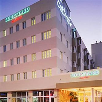 Courtyard By Marriott Miami South