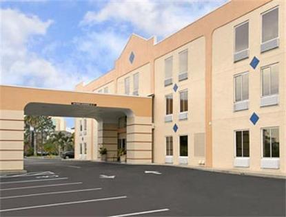 Baymont Inn & Suites Orlando   Universal Studios